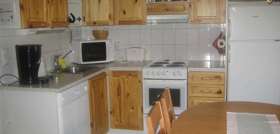 Finland_Lapland_Levi_Levi_log_cabins_kitchen.jpg